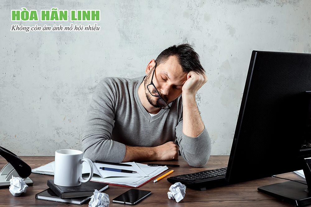 Stress, căng thẳng làm giảm hiệu quả điều trị mồ hôi nhiều